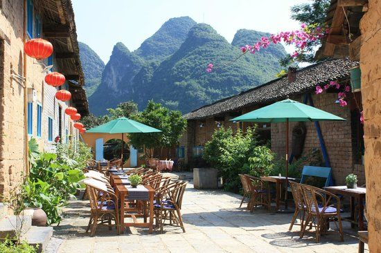 The Giggling Tree, Yangshuo County, China. A friend stayed here & I would love to check it & the area out. 💜