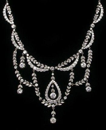 Edwardian 9.25ct Diamond Platinum Necklace