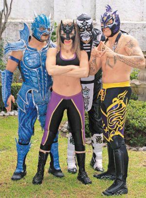 lucha_unimas_bis.jpg (300×408) Drago, Sexy Star, Pentagon Jr, and Fenix