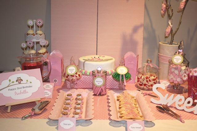 Girls pink owl party lolly buffet  www.thecompletekidsparty.com.au