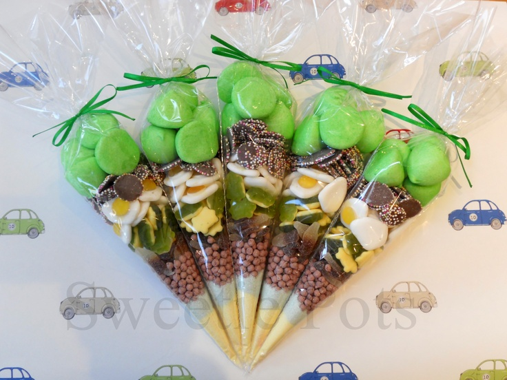Green Sweet/Candy Cones by Sweetie Pots