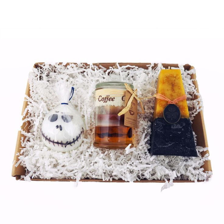 These Just For Fun candle gift sets will bring smiles all around. Choose from 4 different novelty candle gift boxes.