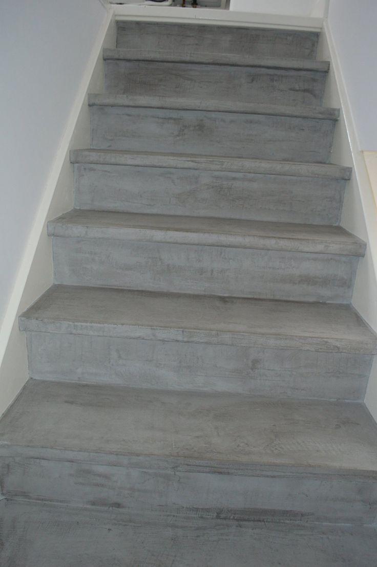 25 beste idee n over verf trap op pinterest geschilderde trap trappen schilderen en trappen - Renovatie van een houten trap ...