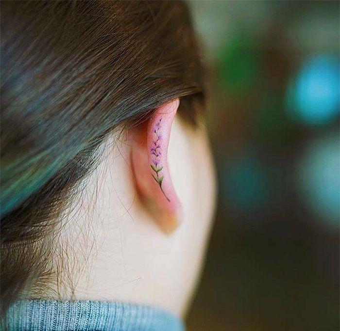 helix tattoo tatuaggi sull'elice dell'orecchio