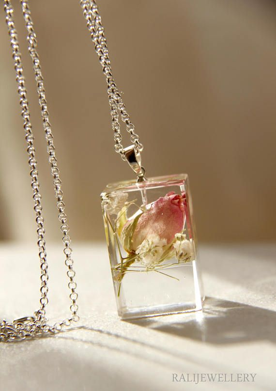 pressed flowers necklace pendant resin jewelry godmother gift for her nature necklace resin necklace terrarium jewelry clear jewelry nature