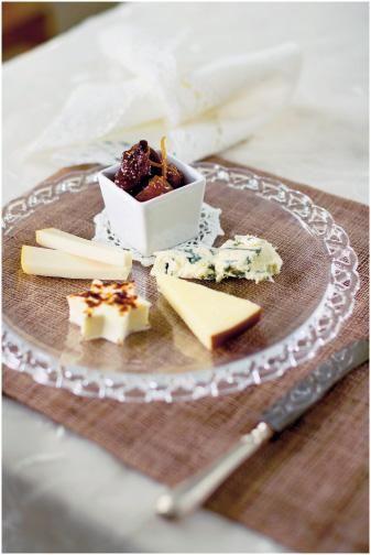 Glögiviikunoita ja juustoja