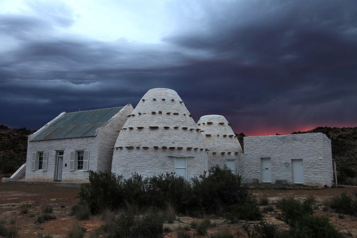 Steve Moseley explores the corbelled houses of the Karoo
