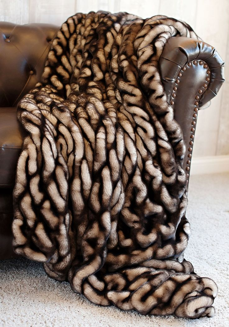 Limited Production Design: Luxurious Shaded Mink Faux Fur Throw * 86 X 60  Inches *