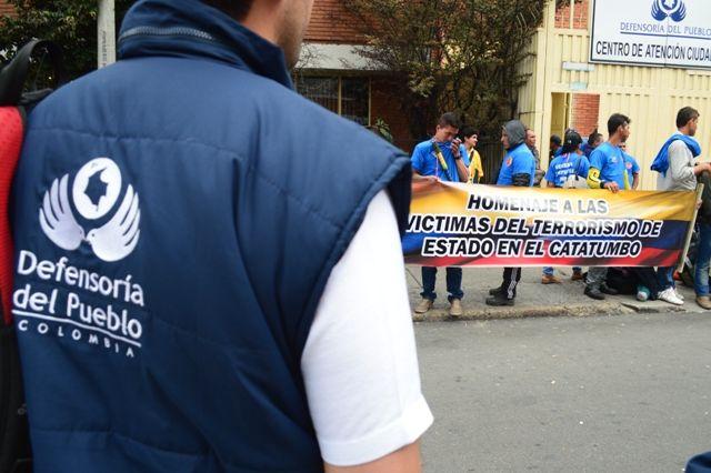 29 de mayo, marcha por las víctimas. Defensoría del pueblo.
