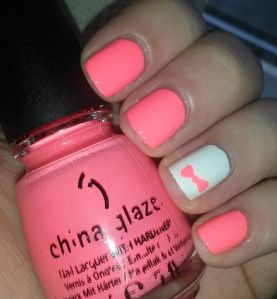 Nail art for short nails! Using China Glaze's Flip Flop Fantasy. #nails #neon #bow