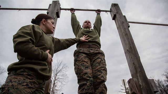 Zero to Twenty-plus: Marine develops program to improve pull-ups > The Official United States Marine Corps Public Website > News Display