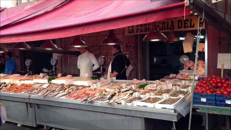Best 25 seafood market ideas on pinterest fresh seafood for Fish market chicago