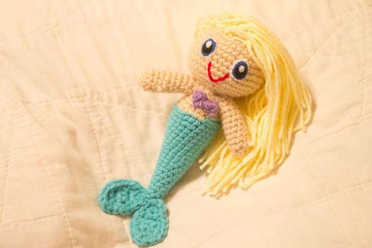 Crochet Pattern Mermaid Doll : Crochet Mermaid Doll - via @Craftsy Ganchillo. Cosas que ...