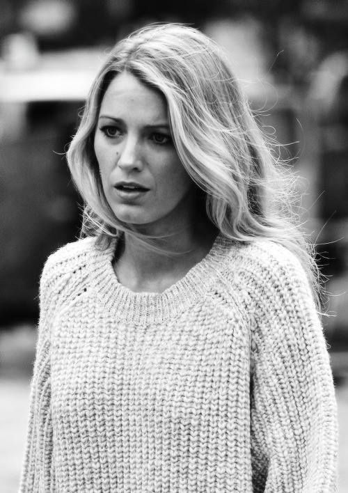 BLAKE LIVELY | SWEATER