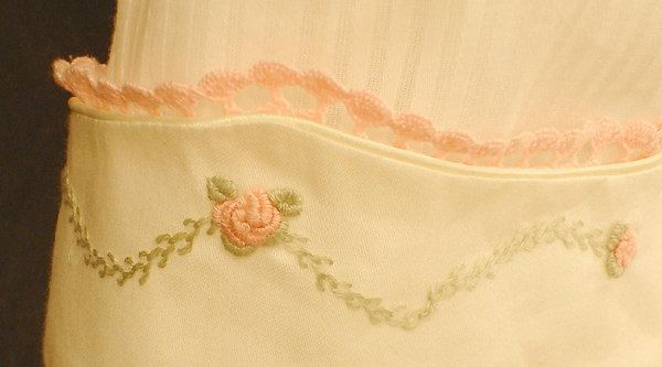 Crochet Heirloom Stitches : Heirloom sewing, Crochet edgings and Smocking on Pinterest