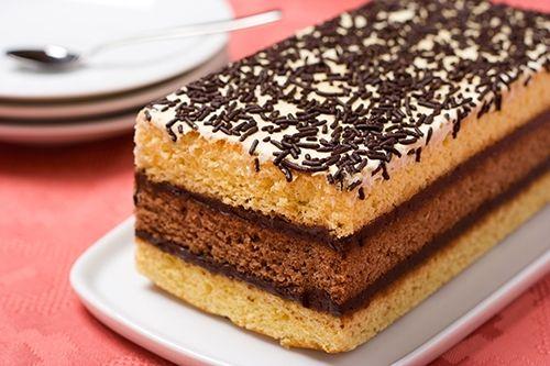 Bizcocho Relleno de Mousse de Chocolate Te enseñamos a cocinar recetas fáciles cómo la receta de Bizcocho Relleno de Mousse de Chocolate y muchas otras recetas de cocina.