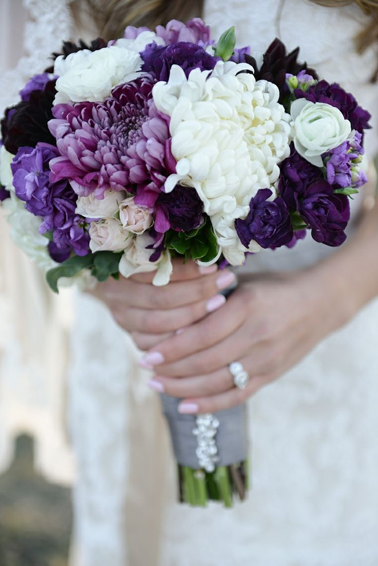 purple flowers for wedding 25 best ideas about football mums on 6894