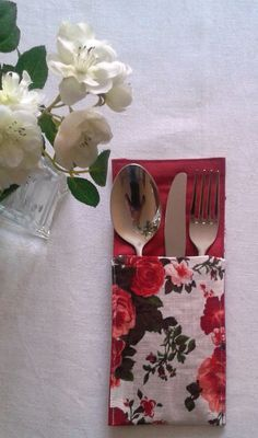 Handmade cutlery pocket set. Perfect for Weddings, Parties, Birthdays, Reunion and all kind of special occasions! Great gift!  Cutlery holders are