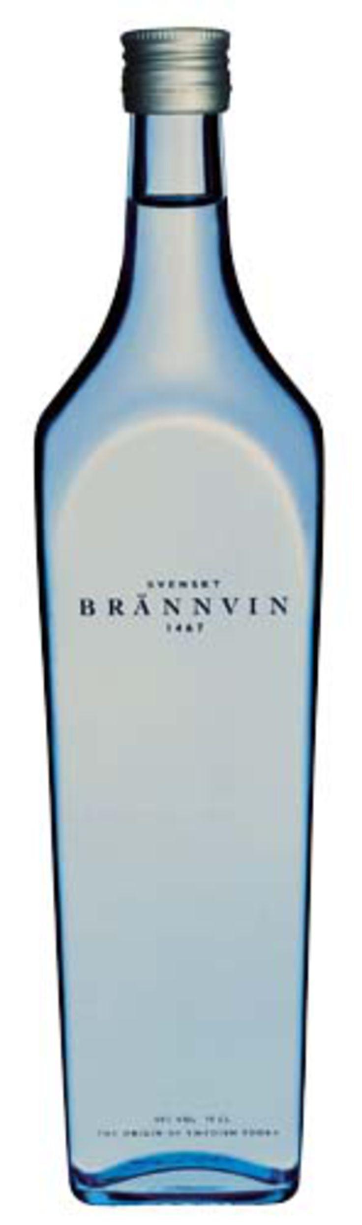Read more: https://www.luerzersarchive.com/en/magazine/print-detail/4270.html Vodka Bottle. Tags: Cecilia Stroemgen,Gunnel Sahlin,Magnus Bruforss,Allied Domecq,Ogilvy & Mather, Stockholm