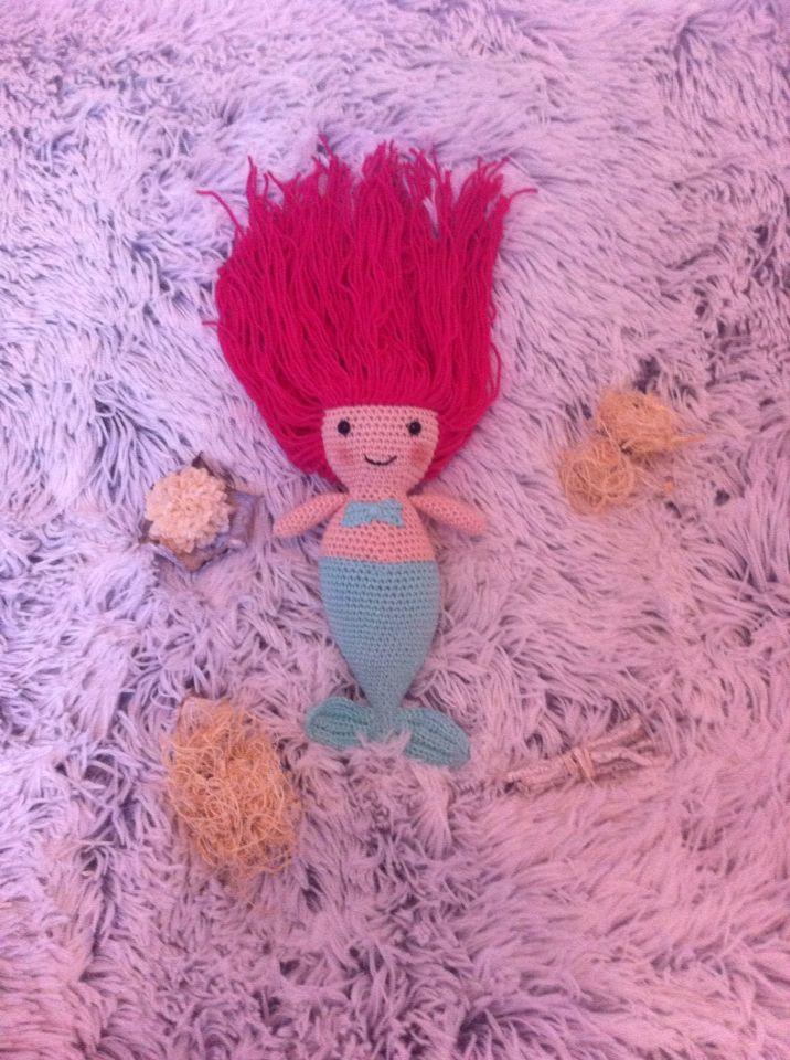 Mermaid / gehaakte zeemeermin gemaakt door Annemarie Evers / mani di Anne