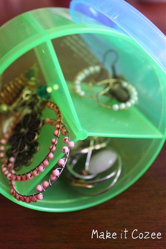 Make it Cozee: Bead Case as a Hair Tie Organizer