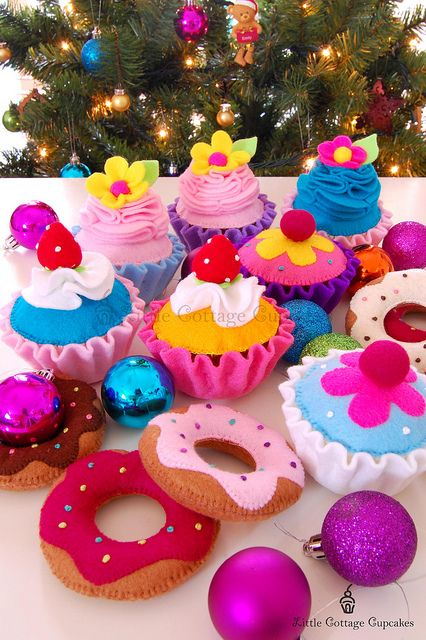 Felt cupcakes and donuts