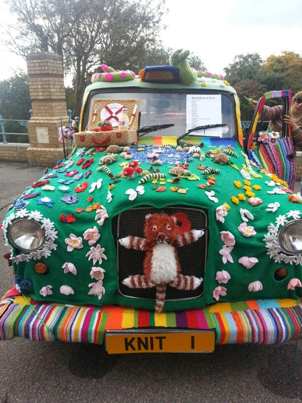 Knitting And Stitching Show Ingliston : 255 best images about KNITTING - YARN Bombing on Pinterest Trees, San mateo...
