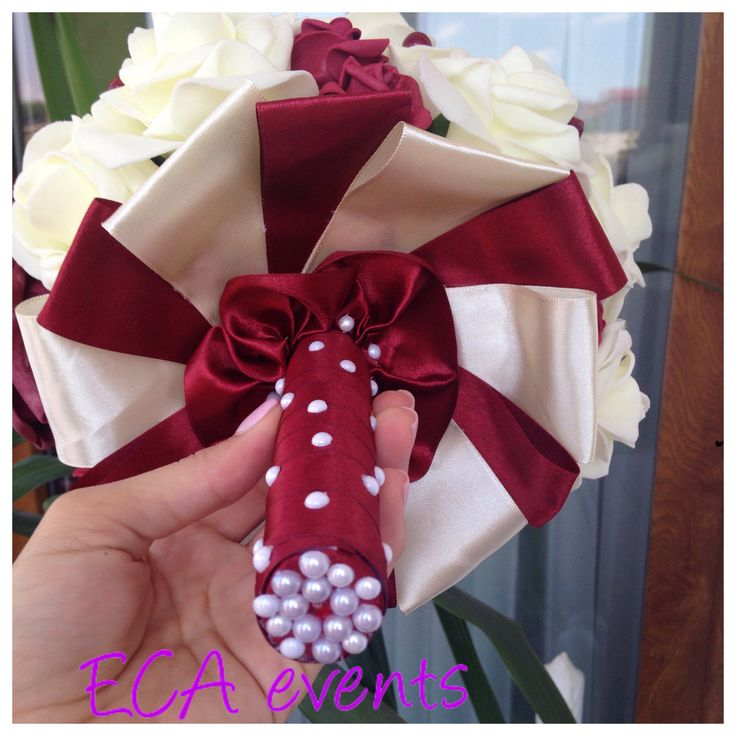 wedding bouquet , bridalbouquet , handmade, nunta , buchet de mireasa , broochbouquet bijoux weddings candle ceremonie wedding church bride groom bridesmaid ECA events wedding flowers concarde butoniere groomflowers groom godmother bestman FOR SALE marsala pearls