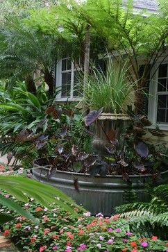 Private residence in Palm Beach - tropical - landscape - miami - Studio Sprout