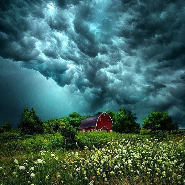 Storm over Wisconsin, United States   Photo by Phil Koch