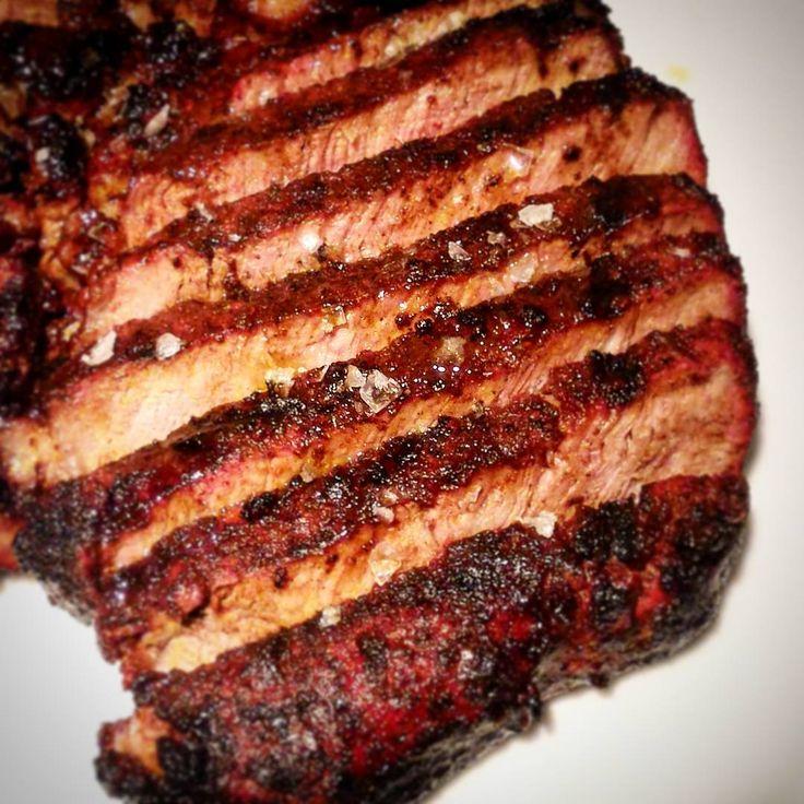 Irish Black Angus Entrecôte Steak Chocolate Rub #irish #blackangus #beef #entrecote #steak #chocolate #rub #bbq #clubcountrygrill #grilldifferent #bbqfamily #wbqaitaly #nbc #outdoorchef #traeger #proq #monolith #webbq Reposted Via @danielemerli