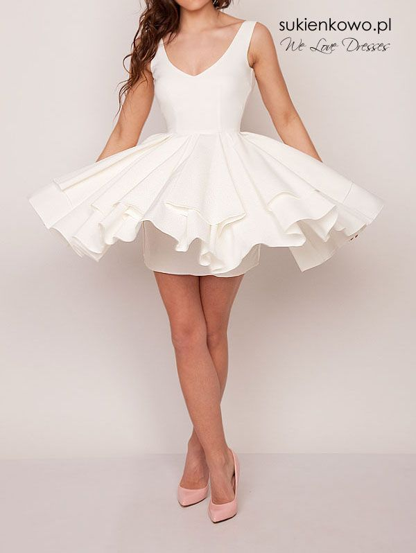 Rozkloszowana sukienka z dekoltem ekri SARA