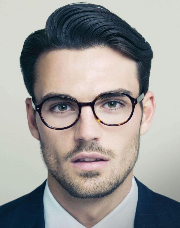 Imagen 71 Peter Badenhop para una campaña de Pierre Cardin con gafas | HISPABODAS