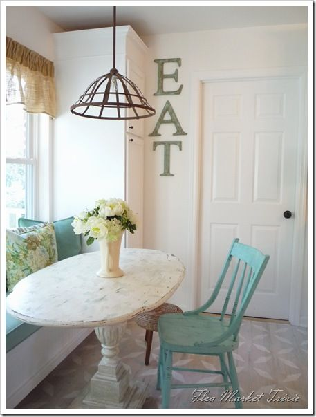 hanging flower basket light: Window Benches, Lights Fixtures, Breakfast Nooks, Color, Kitchens Tables, Eating Signs, Kitchens Nooks, Fleas Marketing, Window Seats