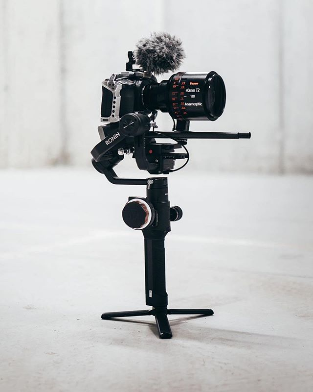 When I Started Balancing This Setup I Was 20 Sure This Will Work But With A Few Twitches And Counterweights Blackmagic Cinema Camera Cinema Camera Dslr Video