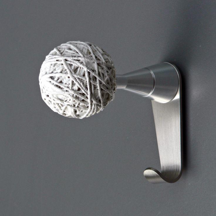 Insilvis ENDLESS 1, wall mounted coat hook