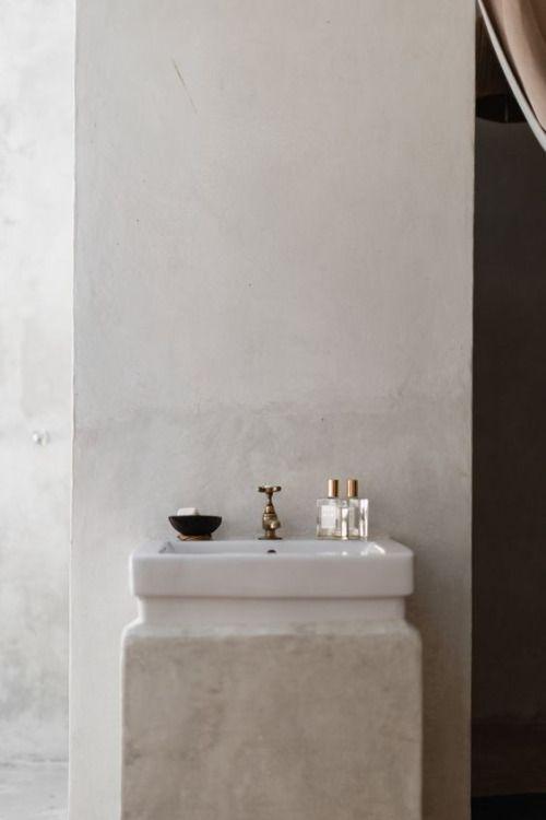 concrete bathroom love