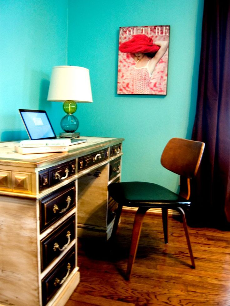 Eye-popping yet soothing, this watery hue provides the ideal background for a teen's study area designed by RMSer angelineguido. Try Behr's Gem Turquoise to achieve a similar look.