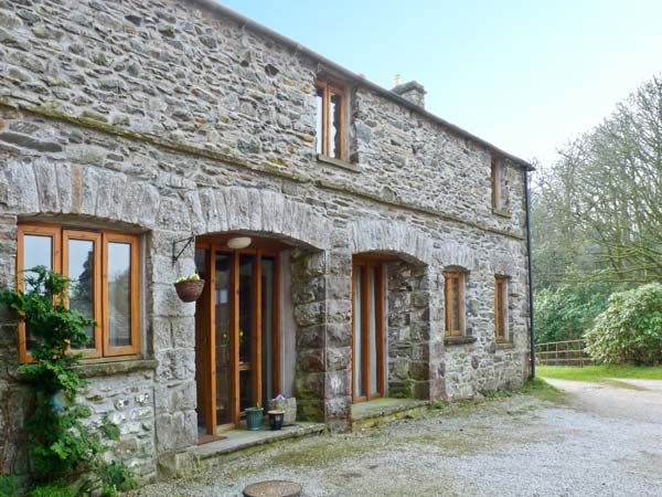 Moresdale Bank Cottage, Kendal, Cumbria and The Lake District, England, Sleeps 6, Bedrooms 3, Self-Catering Holiday Cottage With Woodburning Stove.