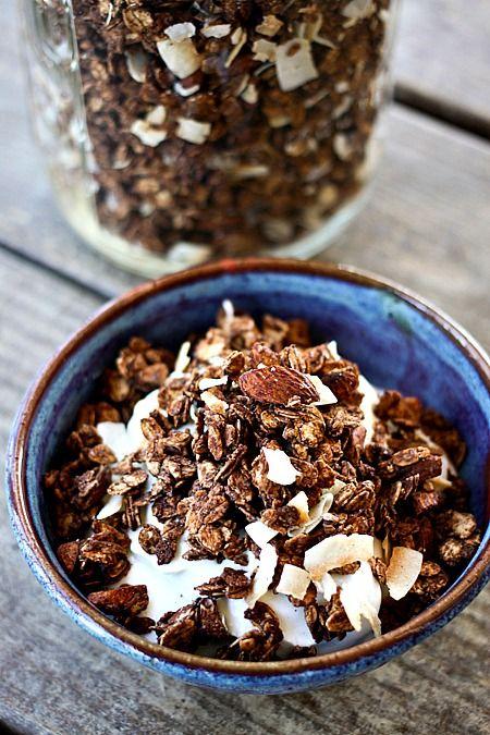 Healthy Almond Joy Granola: Chocolate, Almond, & Coconut. I've made ...