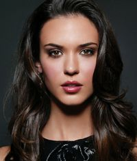Fantasy Casting Sylvia Day's Crossfire Series: Odette Annable for Magdalene