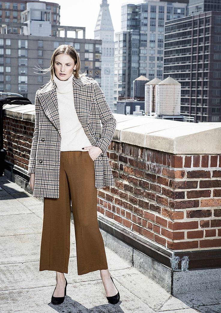 Sky High | Blazer & Hose von SET, Pullover von WOOLRICH, Pumps von PURA LOPEZ |  Lady | womenswear | Fashion | premium | cognac | coat | PKZ |  buy here --> goo.gl/7nu18H