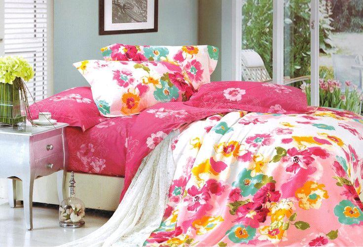 Bielo ružové posteľné obliečky s kvetmi