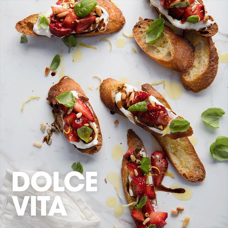 Dolce vita #yogourt #grec #biologique #noixdepin #fraise #basilic #citron #balsamique #recette #entrée