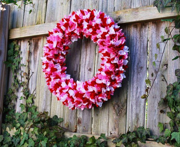 How to make a rag wreath – cool DIY wreath ideas with cheap materials