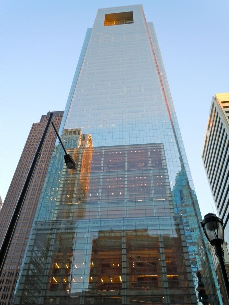 Comcast center, Philadelphia.    Designed by Robert A. M. Stern architects.