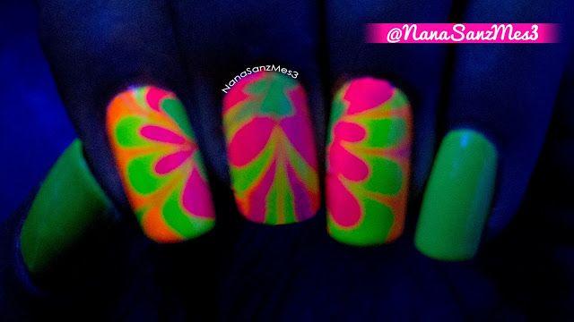 Neon Water Marble under Black Light! by @nanasanzmes3