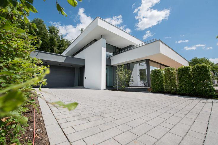 Architektenhaus flachdach mit staffelgeschoss dachterrasse