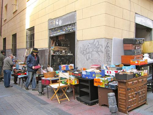 El Rastro, il mercato delle pulci di Madrid | #Madrid #TRAVELSTALES