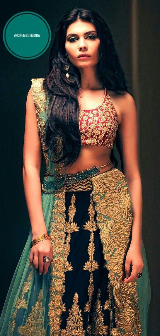 Lehenga By Tena Durrani #DesiFashion #IndianFashion #Lehenga #WeddingWear #IndianCouture #TenaDurrani Follow @CremeDeModa